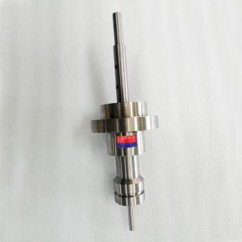 带齿轮传动空心活法兰磁流体密封装置